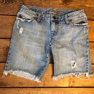American Eagle distressed shorts!